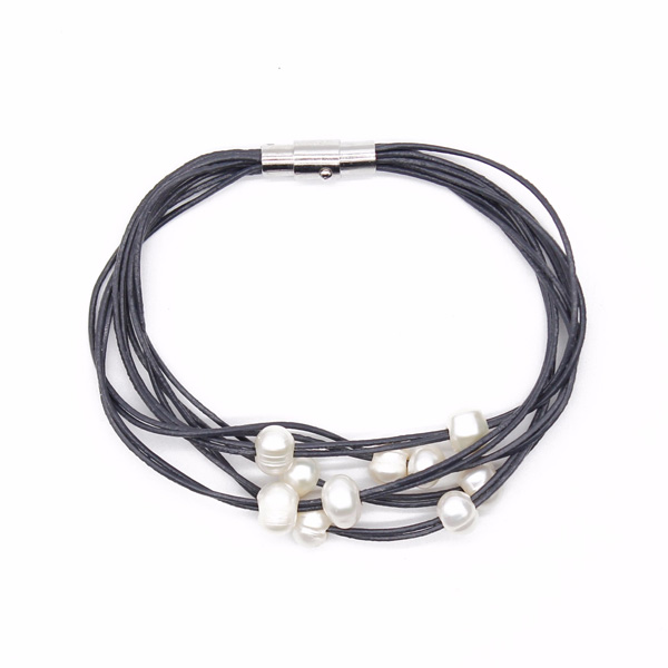 Leather Cord Pearl Bracelet
