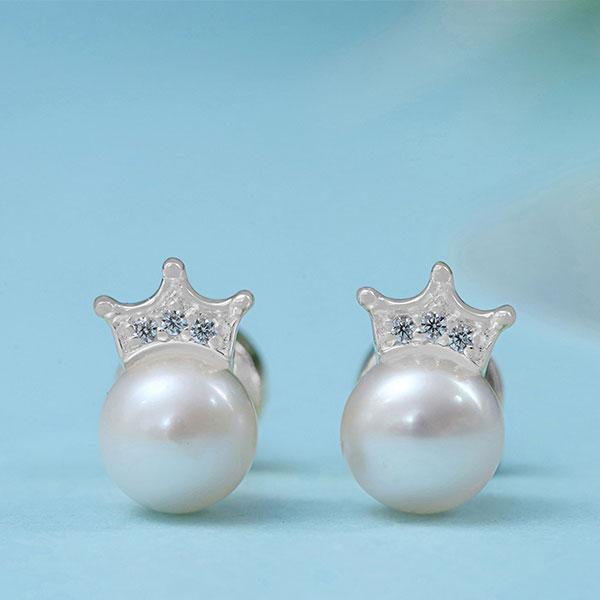 Sterling Silver Crown Pearl Stud Earrings